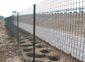 围墙焊接网2.jpg